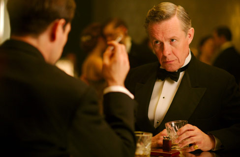 The Halcyon: Alex Jennings spielt Lord Hamilton